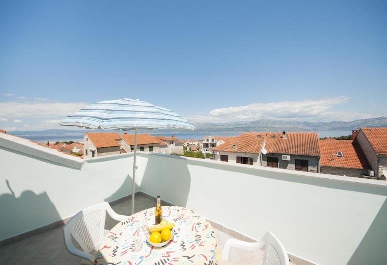 Apartments Jasenka Supetar , Supetara, Studijas tipa numurs, terase, skats uz jūru, Terase/iekšējais pagalms