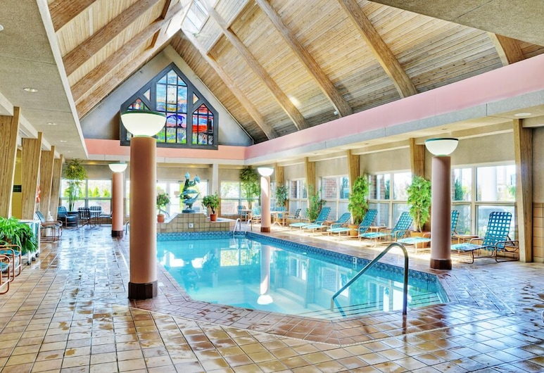 Hawthorn Suites BY Wyndham Erie, Erie, Bazén