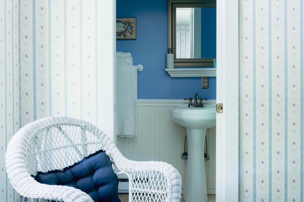 Phòng phong cách cổ điển, 1 giường cỡ queen - Phòng tắm