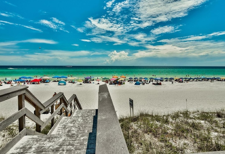 Majestic Sun Beach Resort by Panhandle Getaways, Miramar Beach