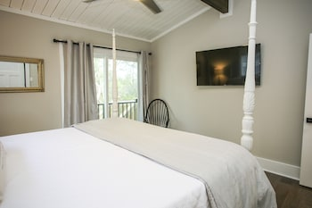 Picture of 30A Beach House Beachside Betty By Panhandle Getaways  in Santa Rosa Beach