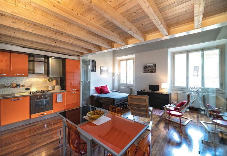 Cavour Suite Mezzanine, Florence, Dzīvokļnumurs, viena guļamistaba, augšējais pusstāvs, Dzīvojamā zona