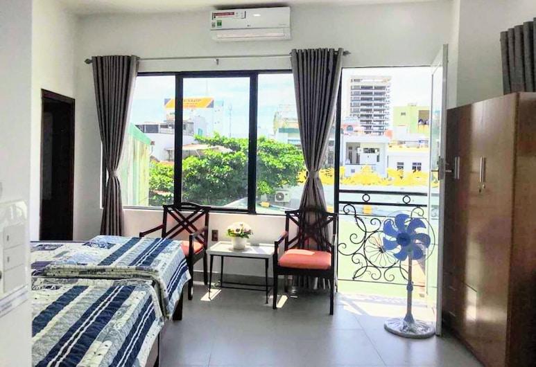 Tam Apartment & Homestay, Da Nang, Obiteljski studio apartman, balkon (Small), Soba