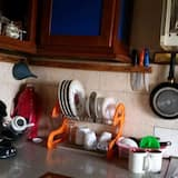 Economy Double Room, Shared Bathroom - Shared kitchen
