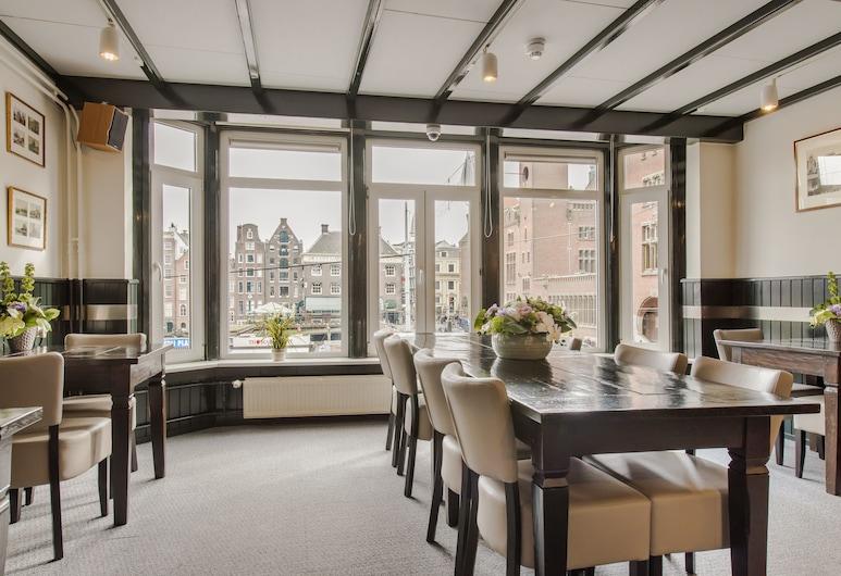 凡格爾迪酒店, 阿姆斯特丹, 櫃台