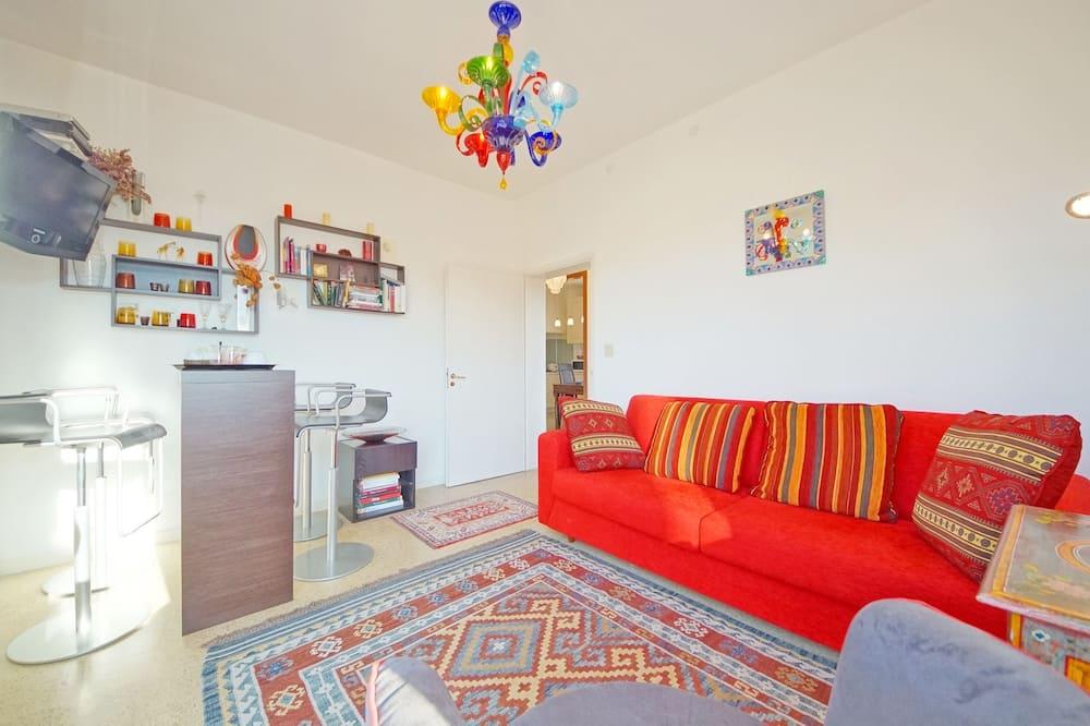Căn hộ, 2 phòng ngủ, Sân hiên, Quang cảnh kênh - Khu phòng khách