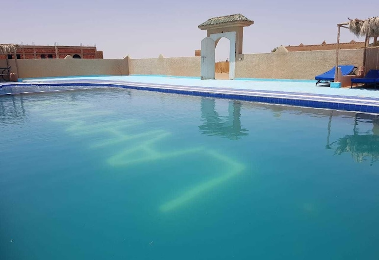 Hotel Kasbah Bivouac Lahmada, Taouz, Piscina al aire libre