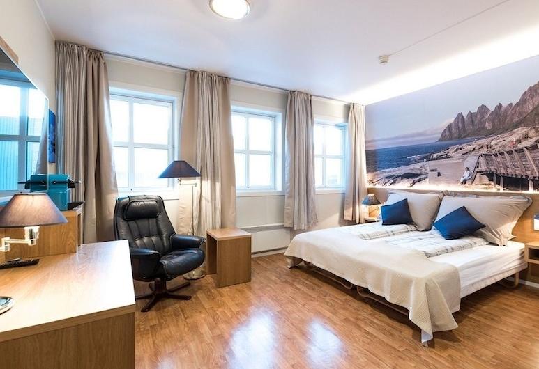 Senja Hotell, Lenvik, Habitación con 1 cama doble o 2 individuales, Habitación