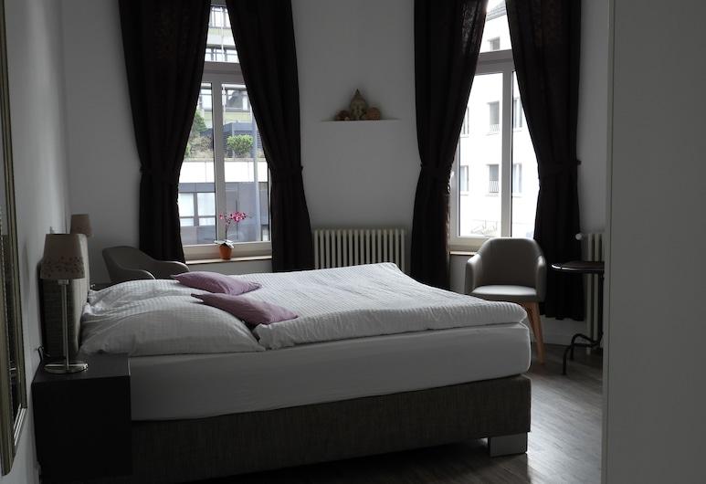 Hotel Klenkes am Bahnhof, Aachen, City Apartment, 1 Bedroom, Guest Room