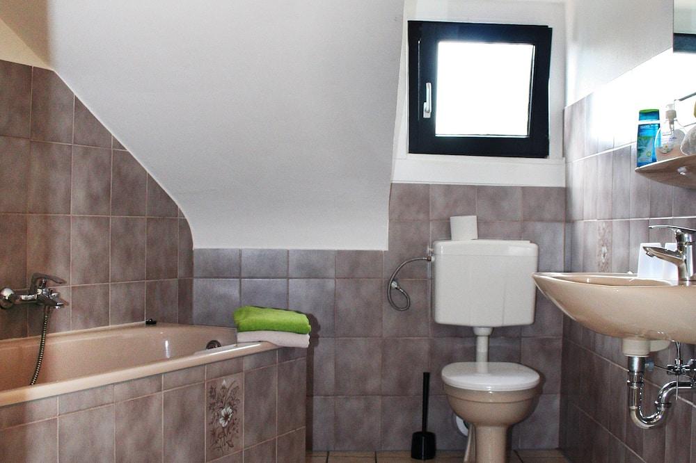 Kamar Single Klasik, kamar mandi umum - Kamar mandi