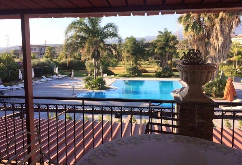 奧羅拉農莊飯店, 帕特諾, 游泳池