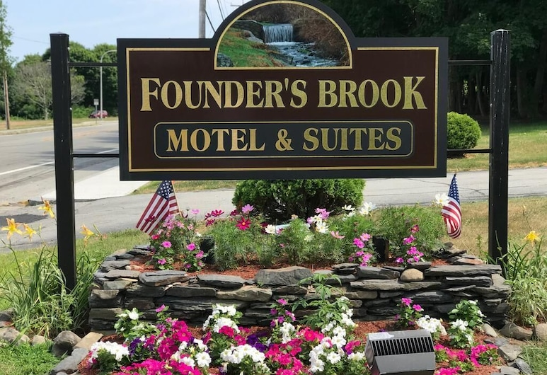 Founder's Brook Motel and Suites, Portsmouth, Hoteleingang
