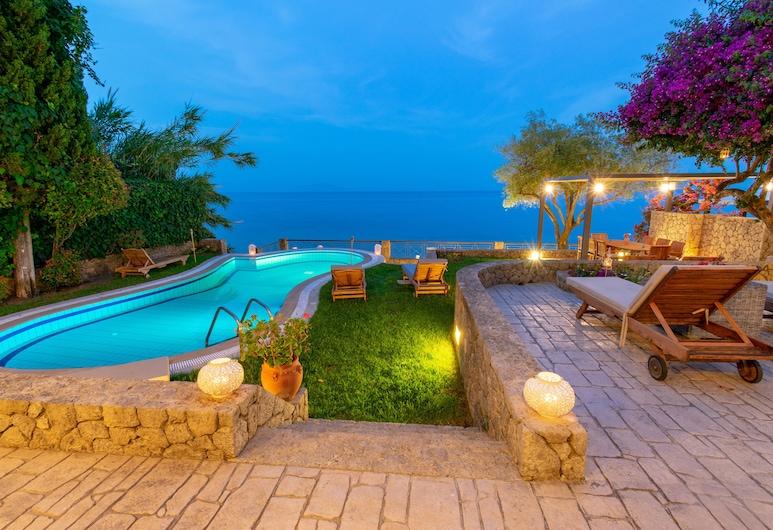 貝內爾別墅酒店, 科孚島, 住宿正面