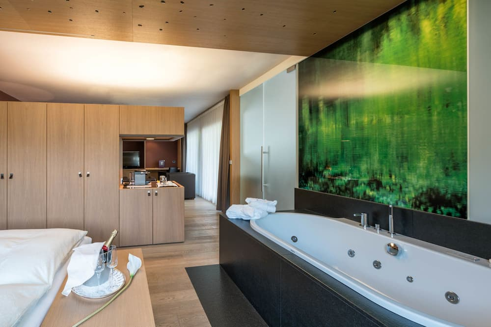 Suite - Private spa tub