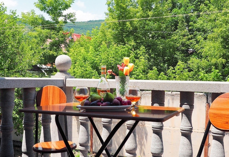 Kirch Hotel & Restaurant, Goris, Tuba, rõduga, Rõdu