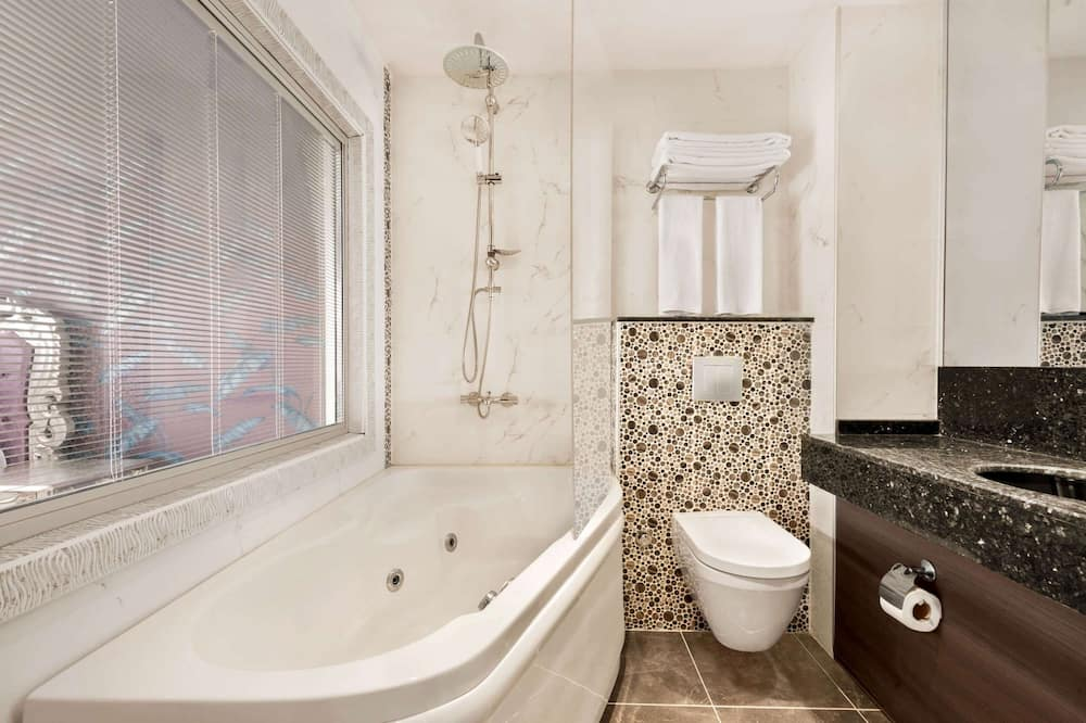 Люкс «Премиум», 1 двуспальная кровать «Квин-сайз», для некурящих - Ванная комната