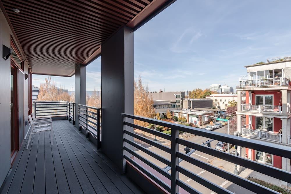 Apartamento Standard, 2 Quartos - Varanda