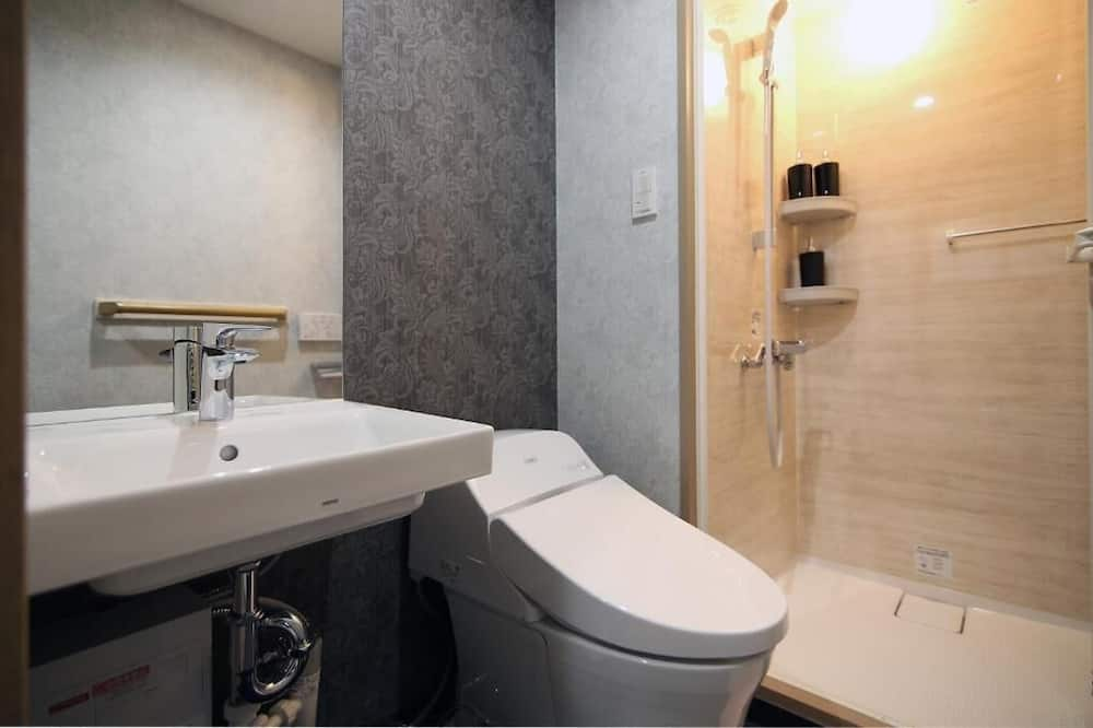Room, Multiple Beds (GS301) - Bathroom