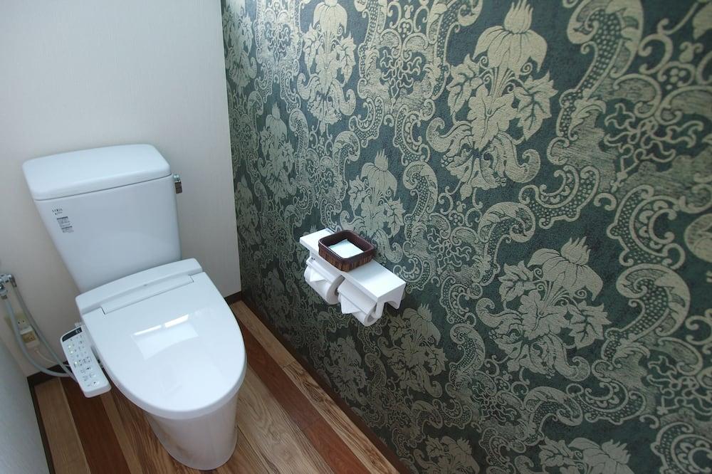Room (Regular B) - Bilik mandi