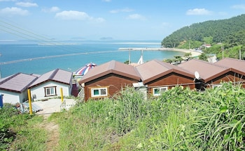 Foto Saryangdo Island Dandihae Pension di Tongyeong