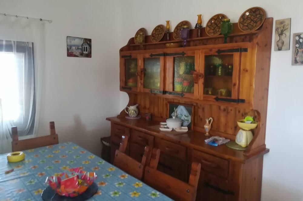 Domek, 3 ložnice - Stravování na pokoji
