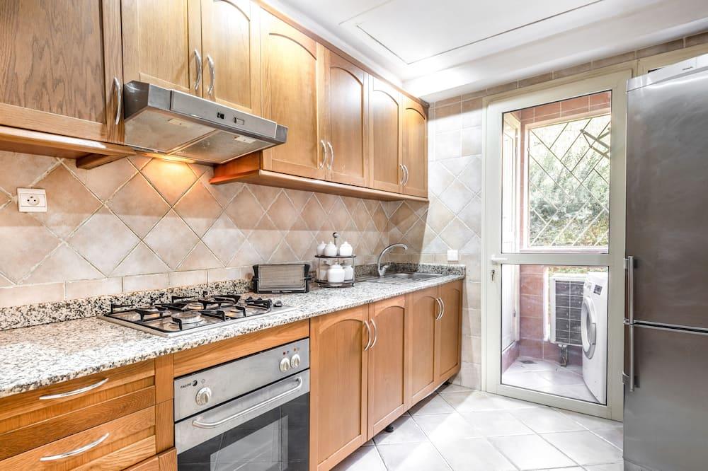 Dzīvokļnumurs, divas guļamistabas (Oranger) - Privāta virtuve