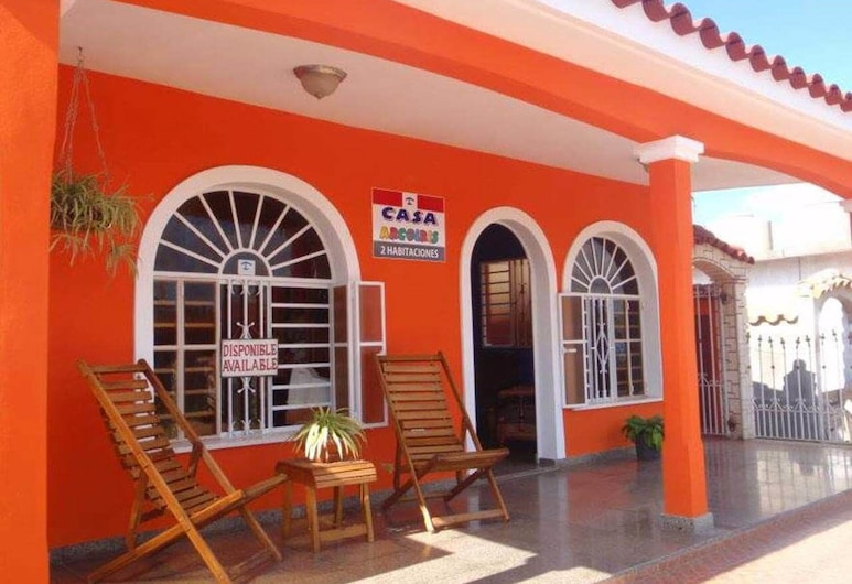Casa Arcoiris, Vinales, חזית המלון