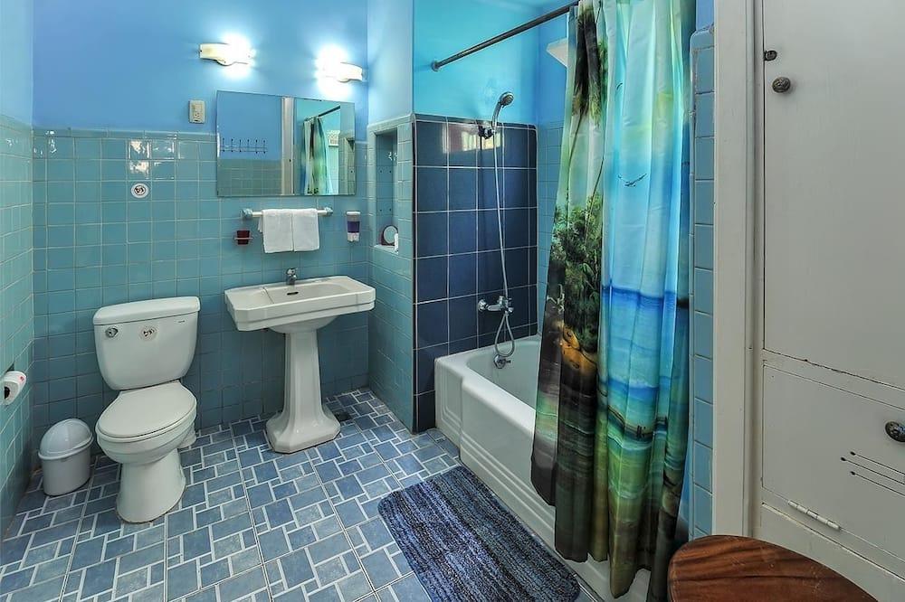 ห้องพรีเมียมทริปเปิล - ห้องน้ำ