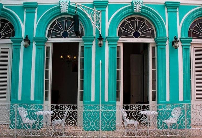 Casa Deivys, הוואנה, חזית המלון