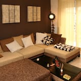 Apartment, 1 Bedroom, Balcony (6 pax) - Living Room