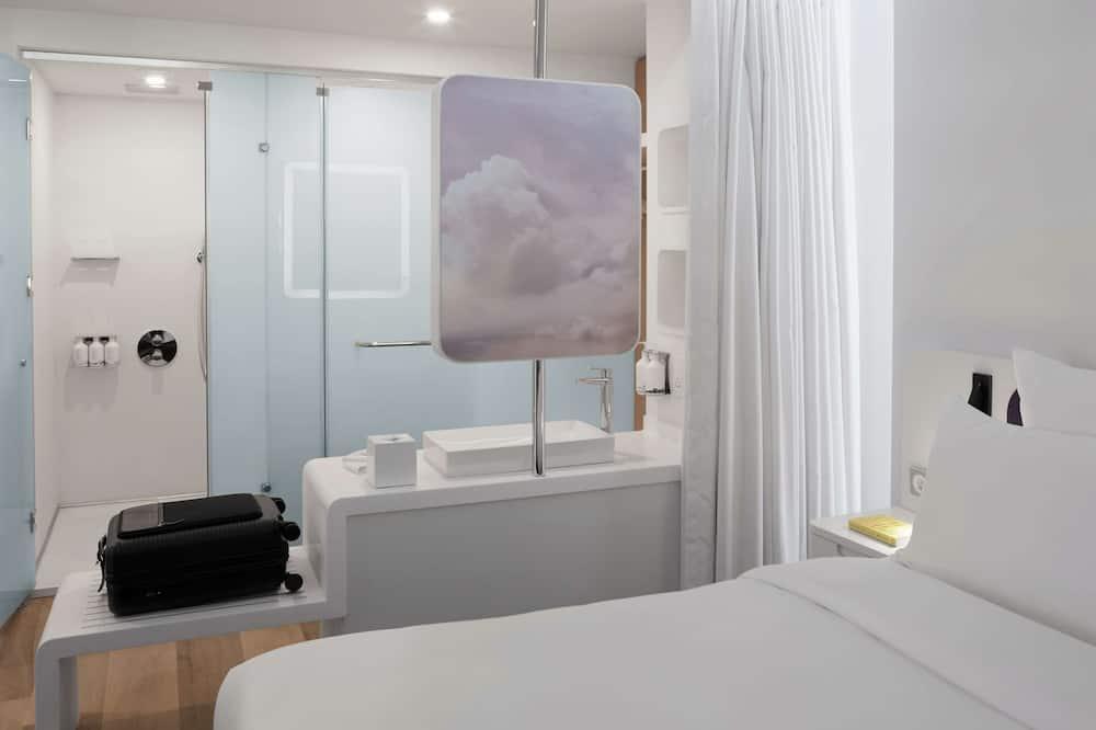 Premium Plus King - Bathroom