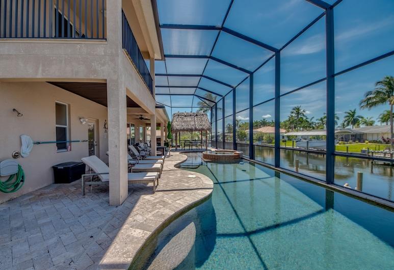 Villa Sophia by Vacationhit, Cape Coral, Villa, 4 Bedrooms, Kitchen, Terrace/Patio