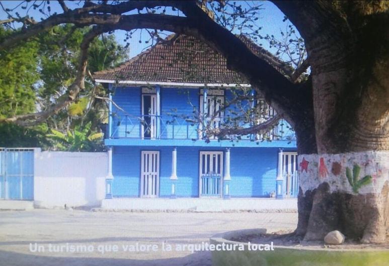 Bongo Beach Baru, Cartagena, Fassade der Unterkunft