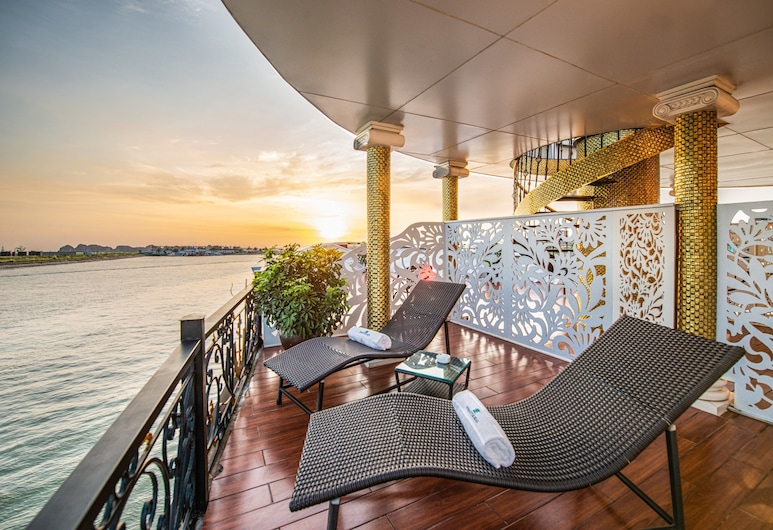 Du thuyền Dynasty Cruises Halong, Hạ Long, Dynasty Trip Room with Balcony, Tiền sảnh