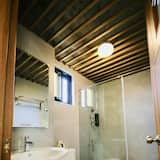 Twin Room, 2 Double Beds - Bathroom