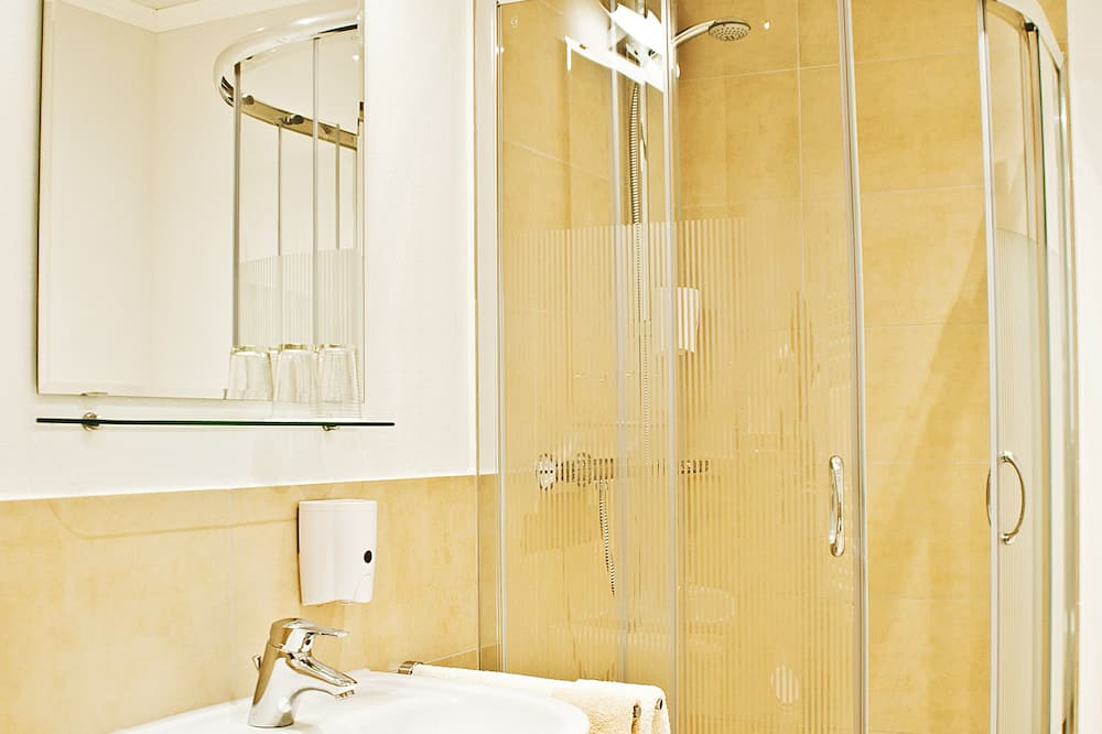 Jednolůžkový pokoj, vlastní koupelna - Koupelna