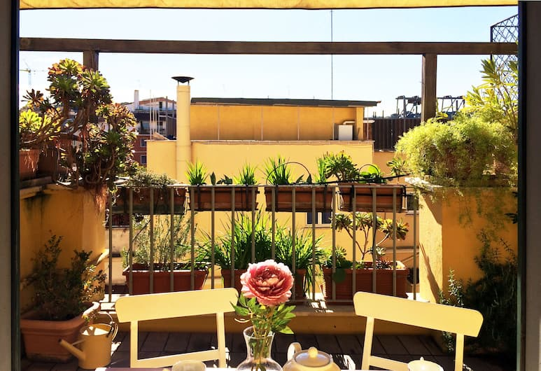 Michelangelo Charmsuite, Roma, Apartemen, balkon (4 Adults), Teras/Patio