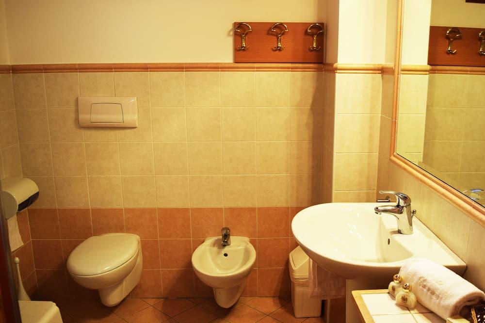 Traditional - kahden hengen huone - Kylpyhuone