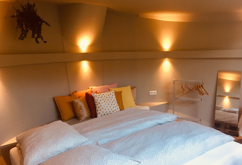 Houseboat Tante Piet, Amsterdam, Design Apartment, 2 Bedrooms, Bilik