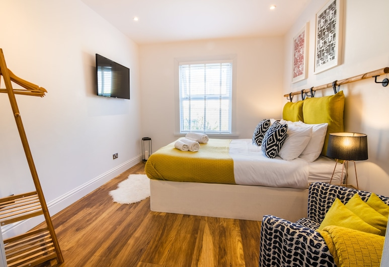 Plymouth Boutique Apartment, Plymouth, Comfort Apartment, Room