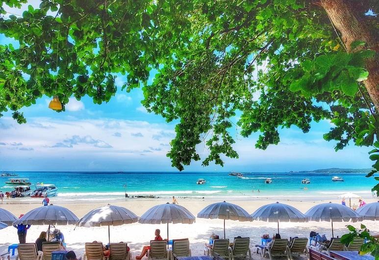 Season Samed Resort, Rayong, Pláž