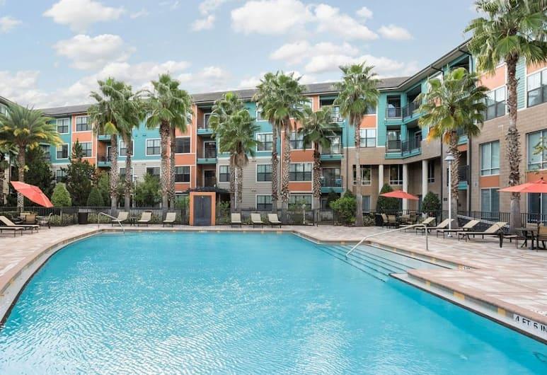 Disney Universal Apartments, Orlando