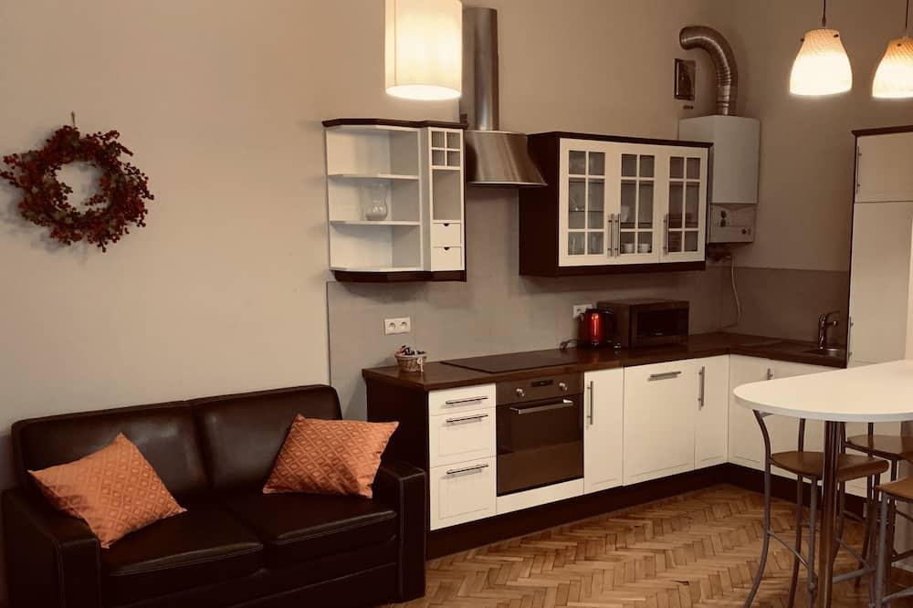 Comfort-Apartment, Blick auf den Innenhof - Wohnbereich