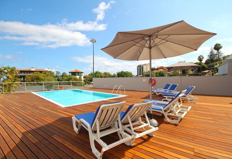 諾蓋拉 IV 號別墅飯店, 芳夏爾, 室外游泳池