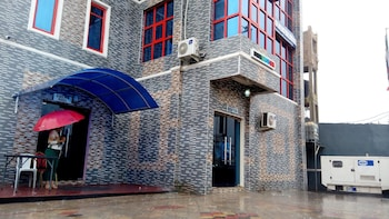 Picture of Denposon Royal Hotel in Lagos