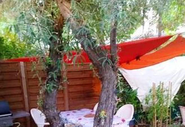 Property With 2 Bedrooms in Agde, With Pool Access, Furnished Terrace and Wifi - 800 m From the Beach, Agde, Terrace/Patio