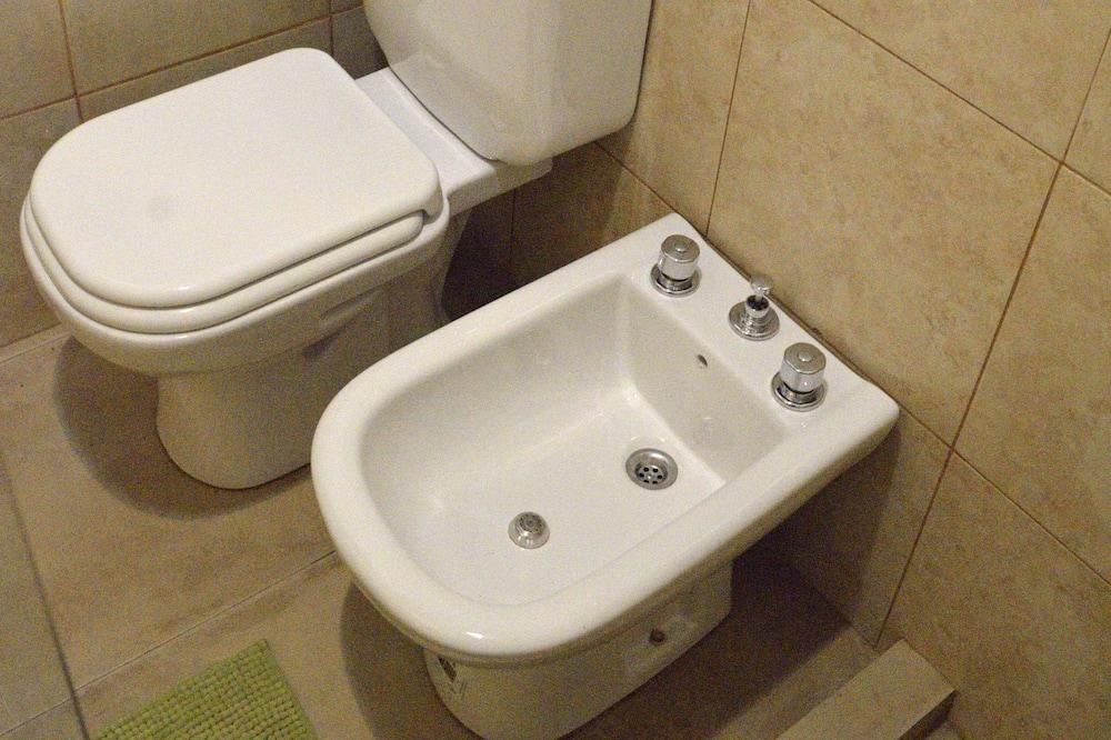 Rumah - Kamar mandi