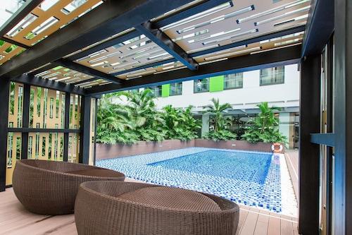 共和國公寓西貢機場酒店/