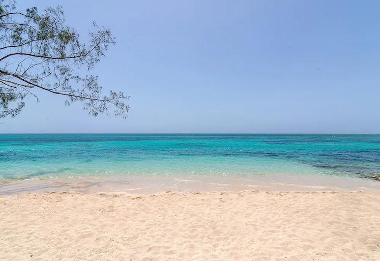 Nianna Chatham, Montego Bay, Strand