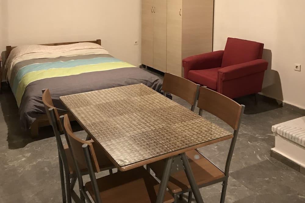 אזור אוכל בחדר
